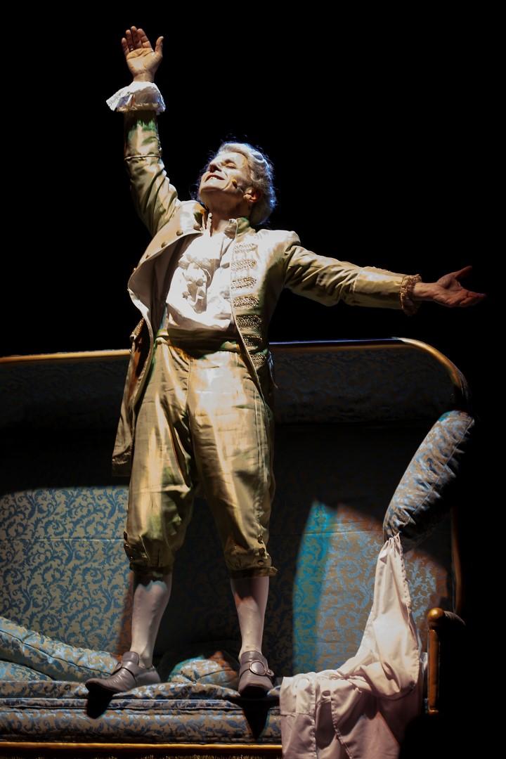 Mozart,il sogno di un clown. Teatro India Roma.